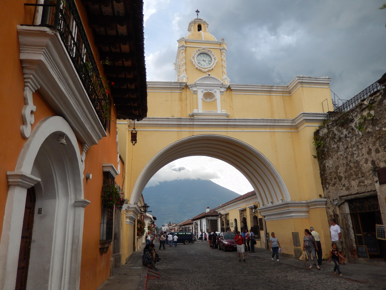 スペイン語留学はグアテマラのアンティグアへ!アンティグアをすすめる3つの理由