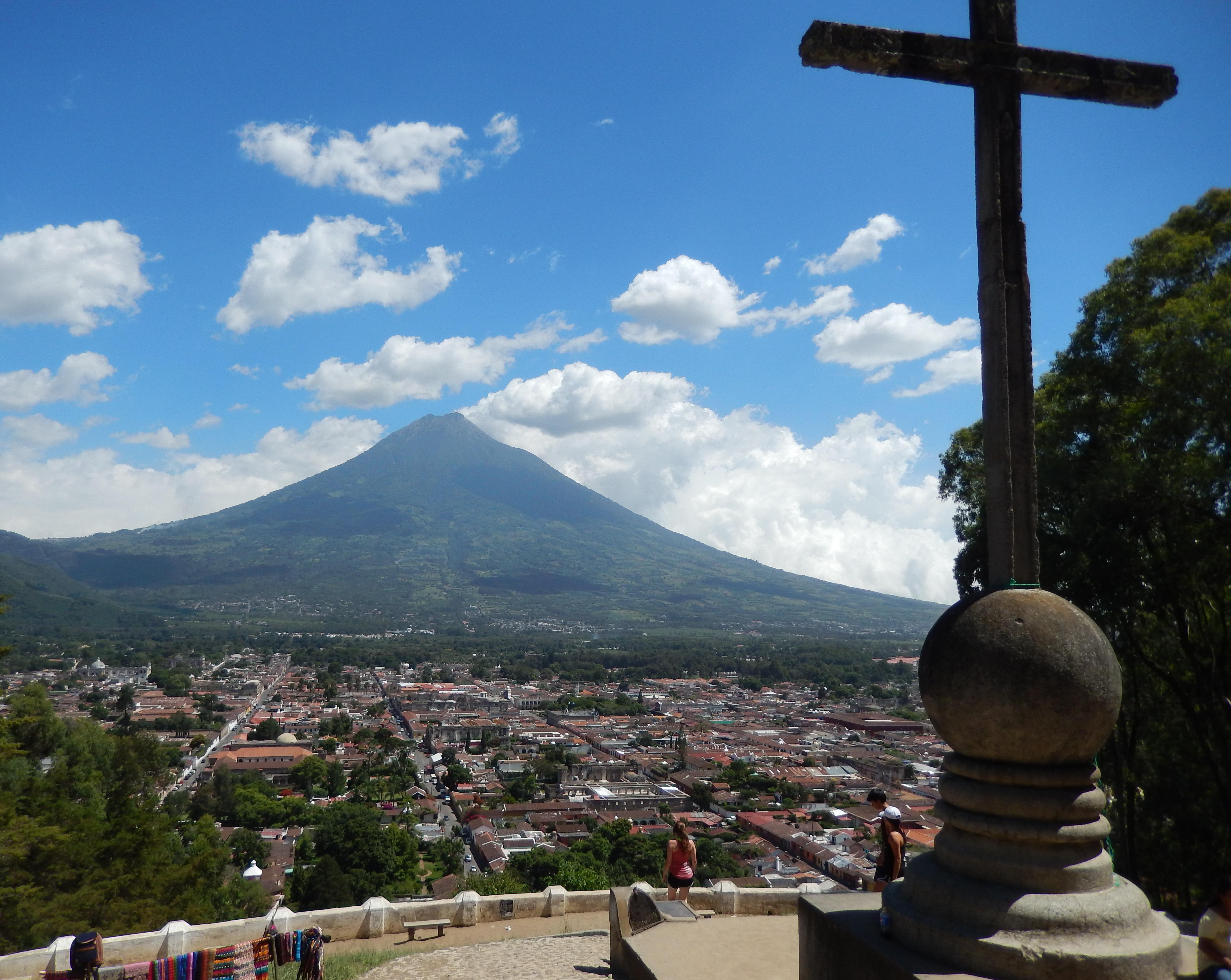 グアテマラ・アンティグアのスペイン語留学が安い!費用はどれくらい?