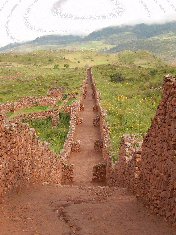 マチュピチュだけじゃない!ペルーのアンデス文明遺跡4選
